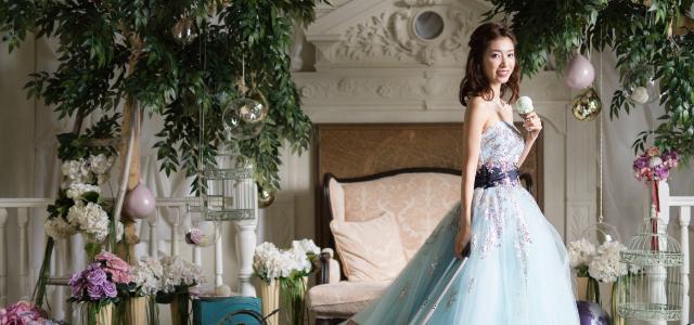 カラードレスの画像